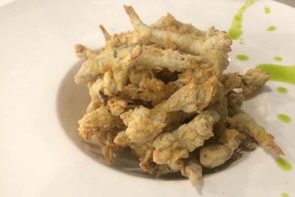Chanquetes del pacífico, en ligera tempura
